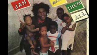 Yami Bolo - Jah Made Them All