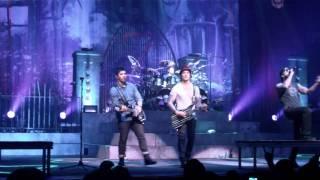 Repeat youtube video Avenged Sevenfold - Danger Line (Live, 02/13/2011)