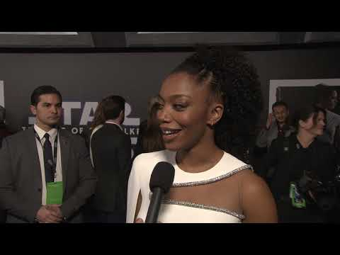 star-wars-the-rise-of-skywalker-los-angeles-world-premiere---itw-naomi-ackie-(official-video)