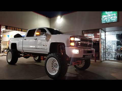 "High Country Duramax Running 3"" SPACERS! 24x14 American Forces And 40s On A 12"" FTS Lift Kit!"