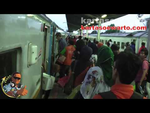 Cirebon Station - West Java On Nov 2013 (Original Audio)