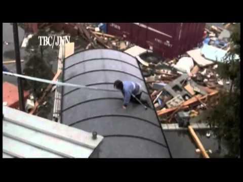 Japan tsunami eyewitness footage