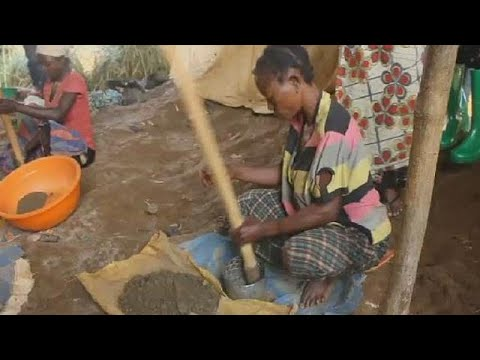DRC: Women making a living in unsafe mining sites