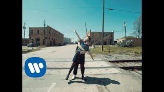 Смотреть клип Alphabeat - Sing A Song