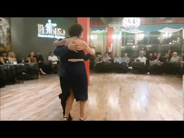 Milonga de los Domingos - 22/04/2019 - Paola Aguilera y Leonardo Sebastian Auza / 2 de 3