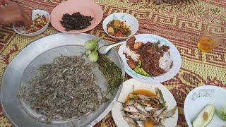 อีสานบ้านนา บ่อึดแนวกิน ก้อยกุ้งหอมๆยามเช้า หมกหม้อปลาขาว ตำแจ่วแมงระงำ บรรยากาศนาหนุ่มลายไทย