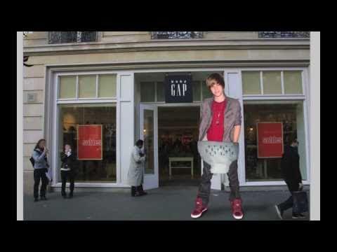 Justin Bieber - Wears a Diaper
