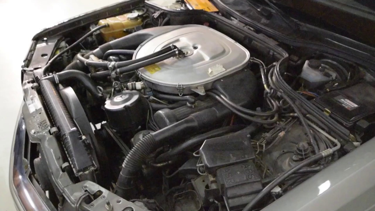 Mercedes 560 SEC Engine - YouTube