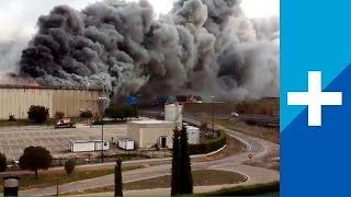 Un grave incendio arrasa la fábrica de Campofrío en Burgos (16-11-2014)