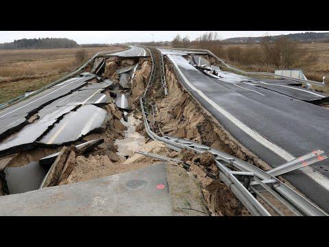 Abgesackte A20: Ein Loch in der Autobahn