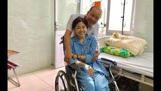 Nụ cười gượng của Mai Phương trên giường bệnh khiến ai cũng xót xa