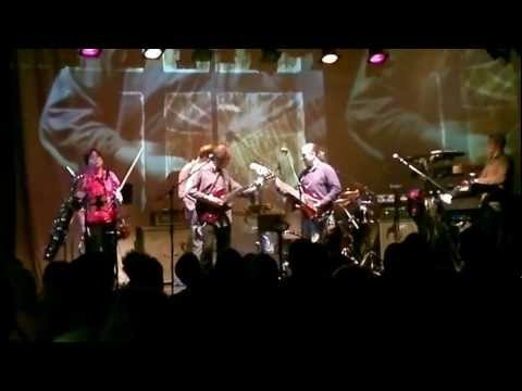 Three Friends - In a Glass House - Gentle Giant - 27.09.12 Ropetackle, Shoreham, UK mp3