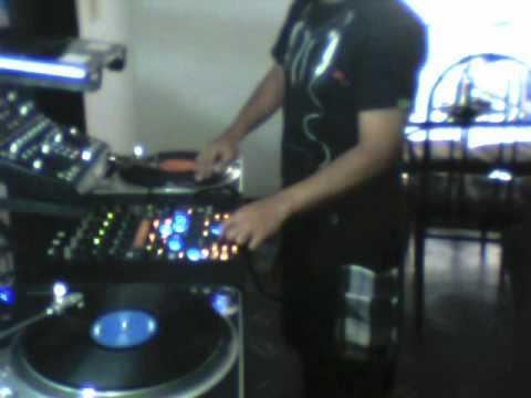 DJ AXL - Tribute To Underground Construction UC Vol.2 mix 22