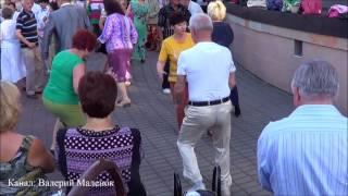 "Танцуем под ""Королеву красоты""!!! Brest! Music! Dance!"