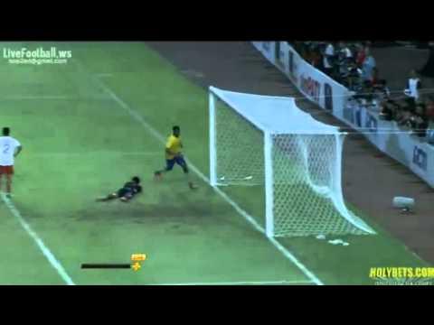 Akpom Back Heel Goal!!! ( Indonesia XI 0 2 Arsenal ) 14-07-2013