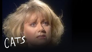 Watch Elaine Paige Memory video