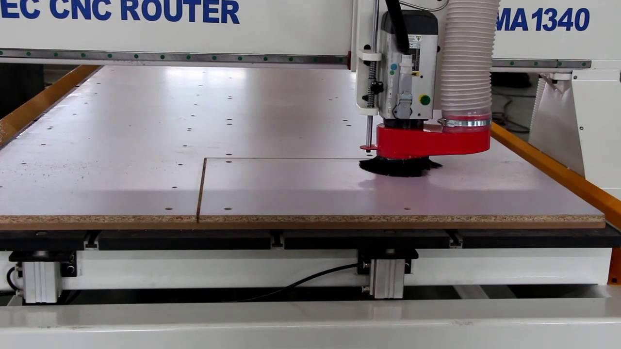Mastec CNC RouterCNC Wood Cutting Machine working