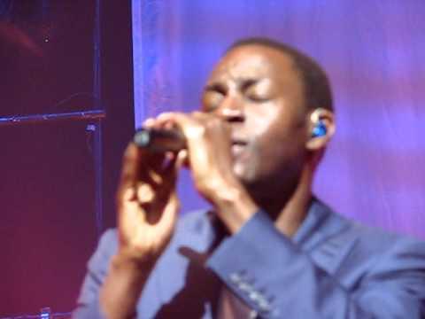 Ocean Drive - Lighthouse Family - Symphony Hall - Birmingham - March 2011 - Live