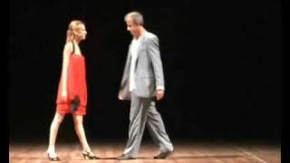 Poema Pneumotórax de Manuel Bandeira Ator e Diretor Luiz Thomas com Suzanne Diaz
