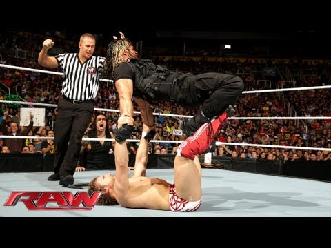 Daniel Bryan vs. The Shield - Gauntlet Match: Raw, August 26, 2013