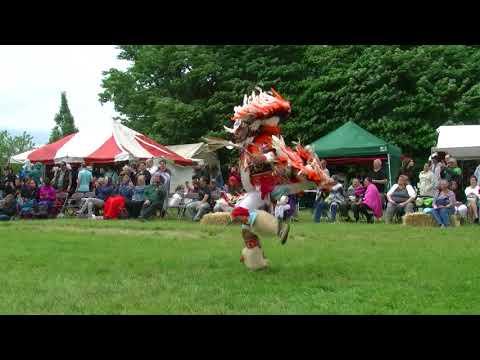 Mens Fancy Exhibition - Silver Cloud Singers  - Redhawk Native Arts Raritan Pow Wow 2018