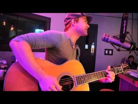 Hunter Hayes - Storm Warning (acoustic in studio)