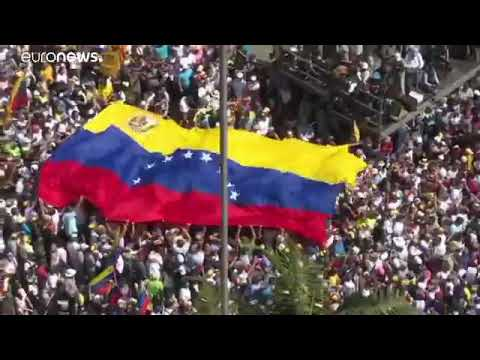 Proteste in Venezuela contro Maduro. Generale si dichiara con Guaidó