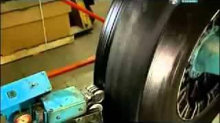 Восстановленные шины. Наварка(В видео рассказывается о том, как происходит восстановление шин для грузовых машин. Мы предлагаем нашим..., 2011-04-08T14:31:17.000Z)