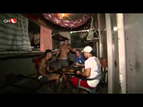 Hinter fremden Gittern - Wegen Drogenschmuggels im Knast von Lima Doku/Dokumentation