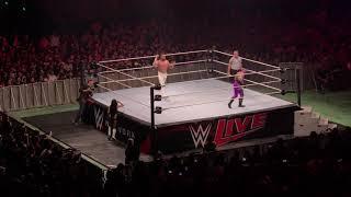 Andrade Cien Almas vs Rey Mysterio WWE Live Santiago