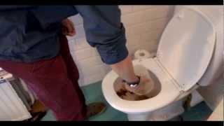 La toilette est bouchée