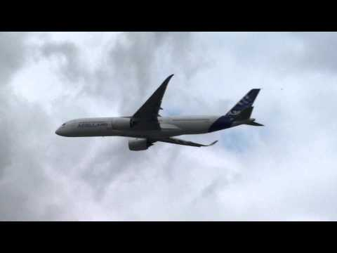 Airbus A350 XWB First Flight for the Public at the Paris Airshow 2013 - FULL HD
