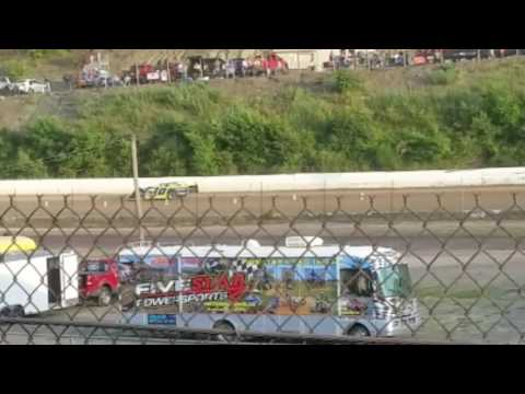 Super late model racing at Hesston Speedway 2016