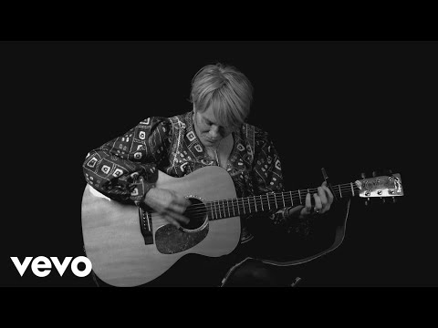 Shawn Colvin - Sunny Came Home - 2017 Acoustic Version Music Video