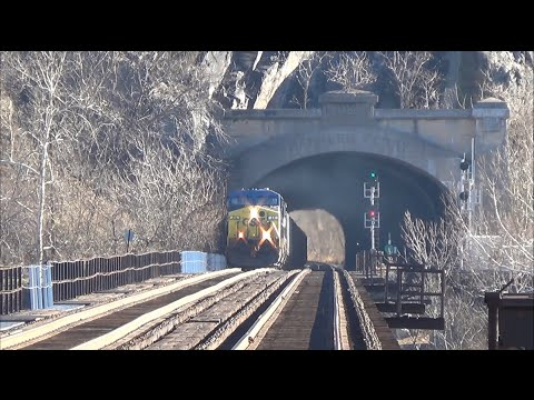Thumbnail: TRRS 276: Railfanning Harpers Ferry, West Virginia Dec 28th 2013