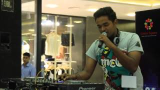 Dj Ricky I3rown performing for dj war at center square mall ekm *** & got 1st place ***