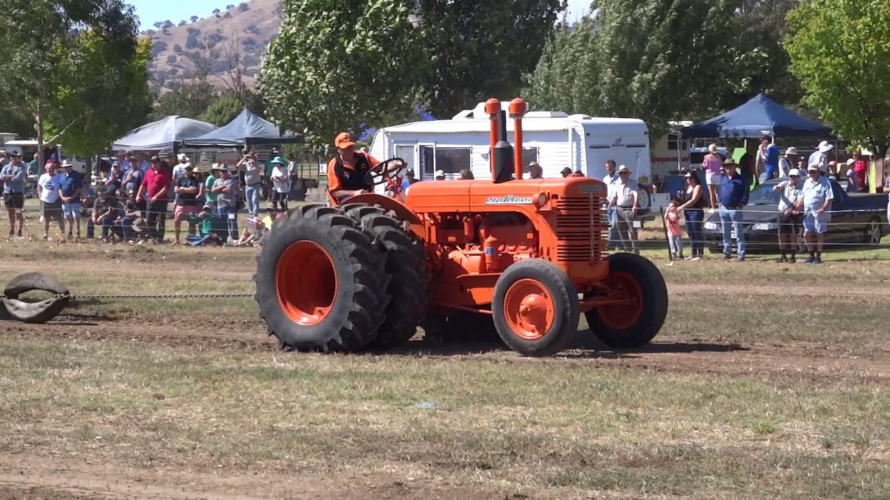 Gundagai Tractor Pull