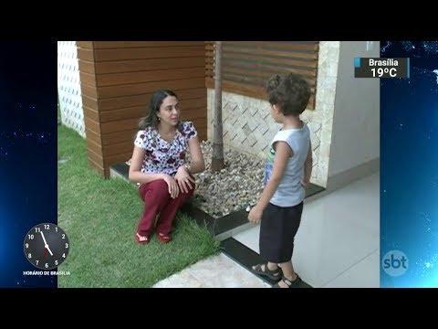 Mães conseguem trabalhar menos horas para cuidar de filhos autistas | SBT Notícias (02/12/17)
