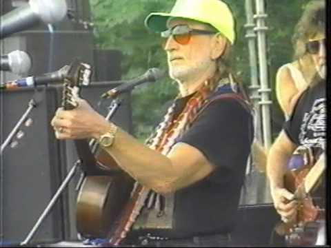 willie Nelson On the Road Again song #2 1995 Picnic Luckenbach Texas