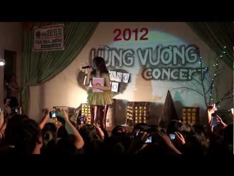 [Fancam] 120118 Đông Nhi-Cho em một lần yêu (Hùng Vương Concert)