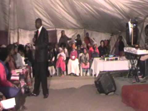Pastor Bilili- Intsikelelo.part1