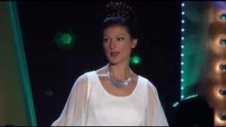Sahra Wagenknecht - Auftritt als Prinzessin Leia bei Wider den tierischen Ernst 2015