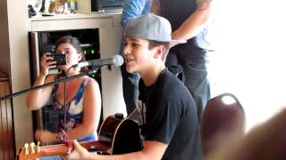 Austin Mahone singing Say Somethin