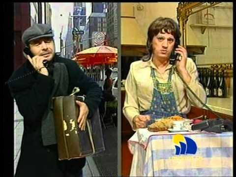 Telegaribaldi - Assunta (Biagio Izzo) e Salvatore Scapece (3)