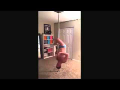 Мультик толстый мужичок танцует у шеста фото 601-461
