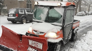 Kubota-rtv-plowing-snow