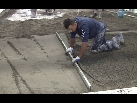 Preparation of the substrate - dry pack mortar for tile installation with T-Lock™