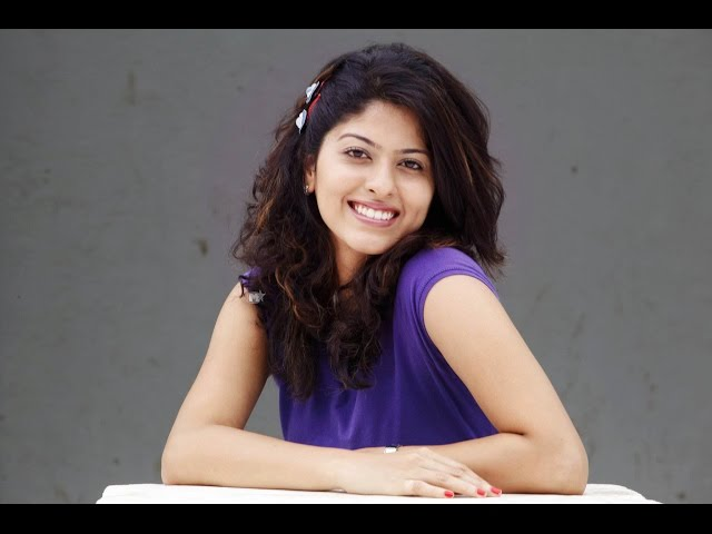 Abhidnya Bhave Marathi Actress Photos Biography