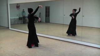 Научиться танцевать с Ольгой Шарапой. Фламенко(Научиться самому танцевать степ (чечетку) http://step-for-step.com.ua/ Подробнее об Ольге и занятиях на ее сайте: http://flamen..., 2011-12-28T10:17:21.000Z)