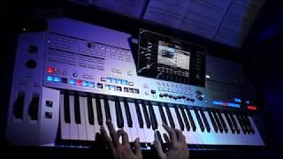 Tyros 5 - Super Trouper - ABBA (Instrumental Cover)
